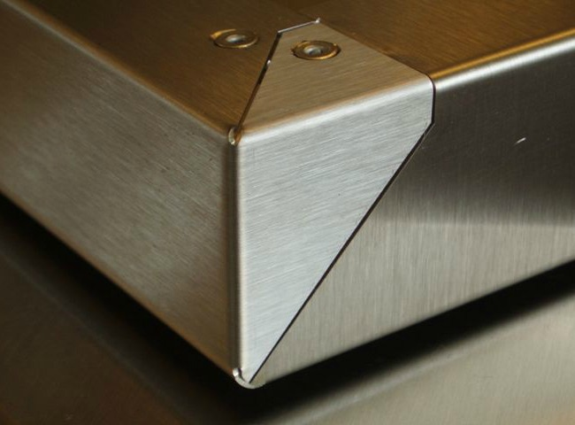 Folded sheet metal - beautiful corner detail